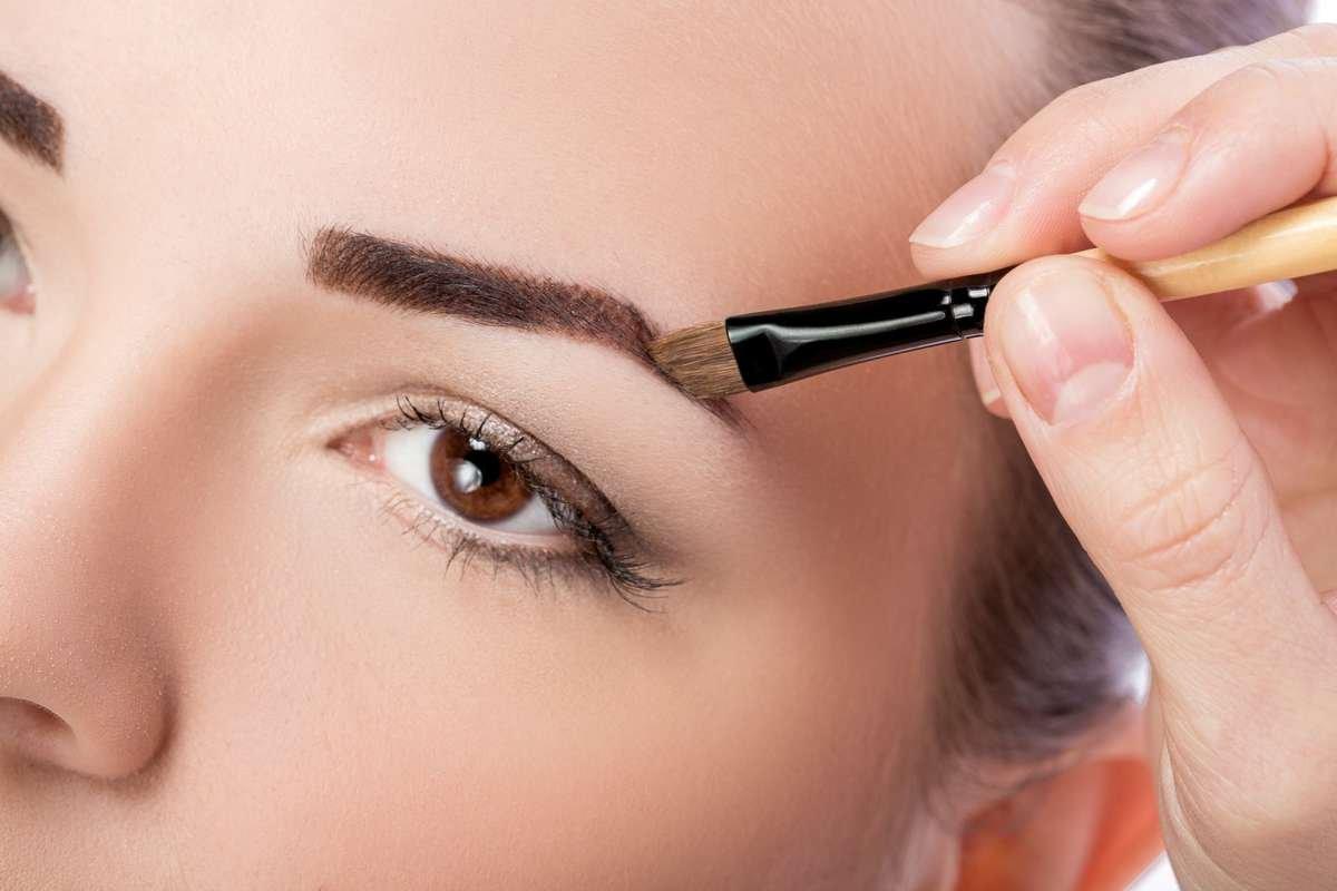 Что значит макияж бровей