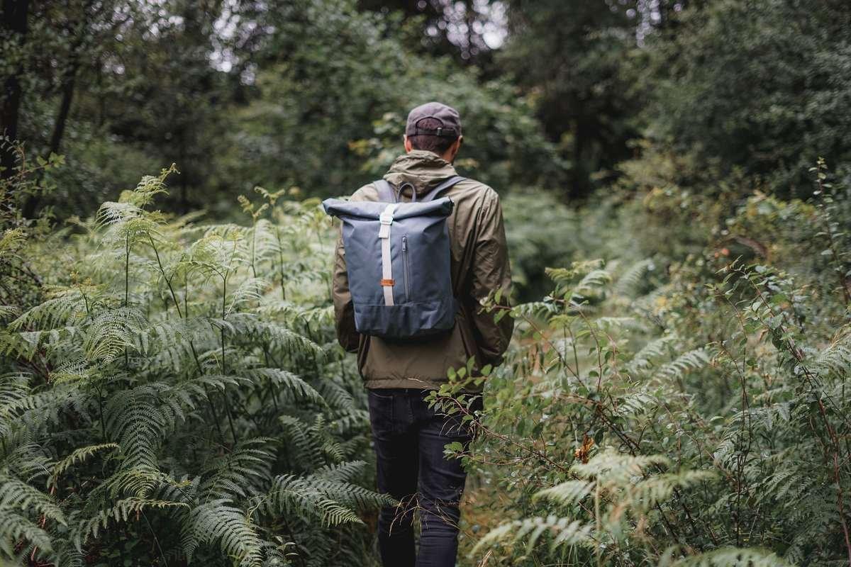 MULINU | Rucksäcke und Taschen Natur Outdoor Lifestyle Wandern Wanderlust | Rucksack ALBERT Grau