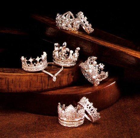 Jewelry that will make you feel like a Princess...