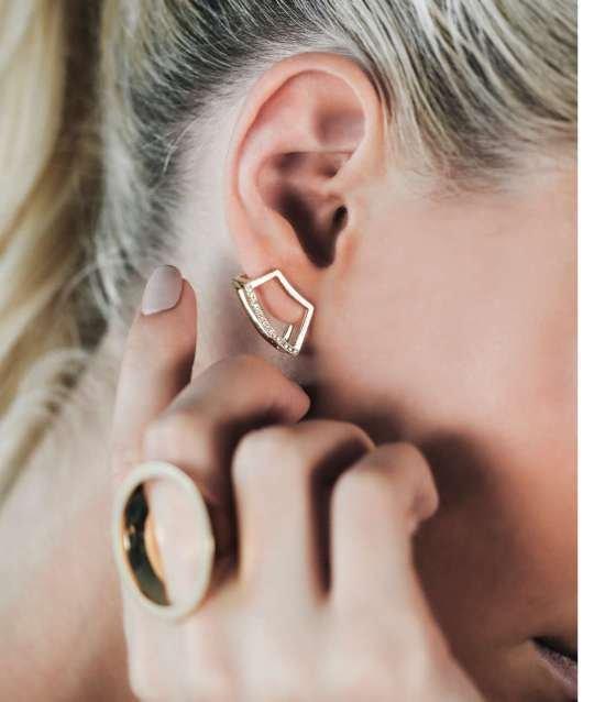 Holmes Sugar Earrings in Diamonds