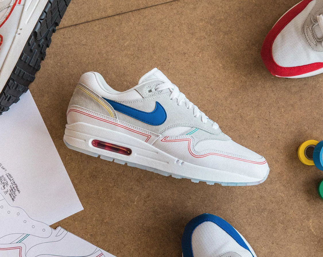 SIDE VIEW NIKE AIR MAX 1 POMPIDOU 'BY DAY'
