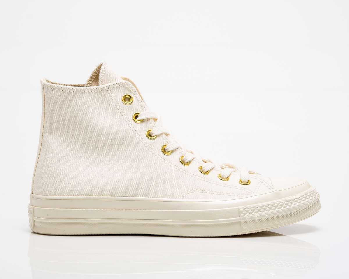 side view of white converse chuck 70 hi