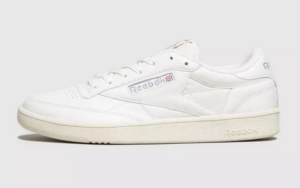 SIDE VIEW REEBOK CLUB C VINTAGE IN WHITE