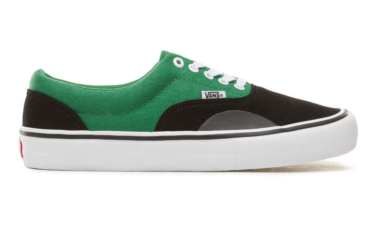 BUY VANS ERA PRO IN BLACK AMAZON