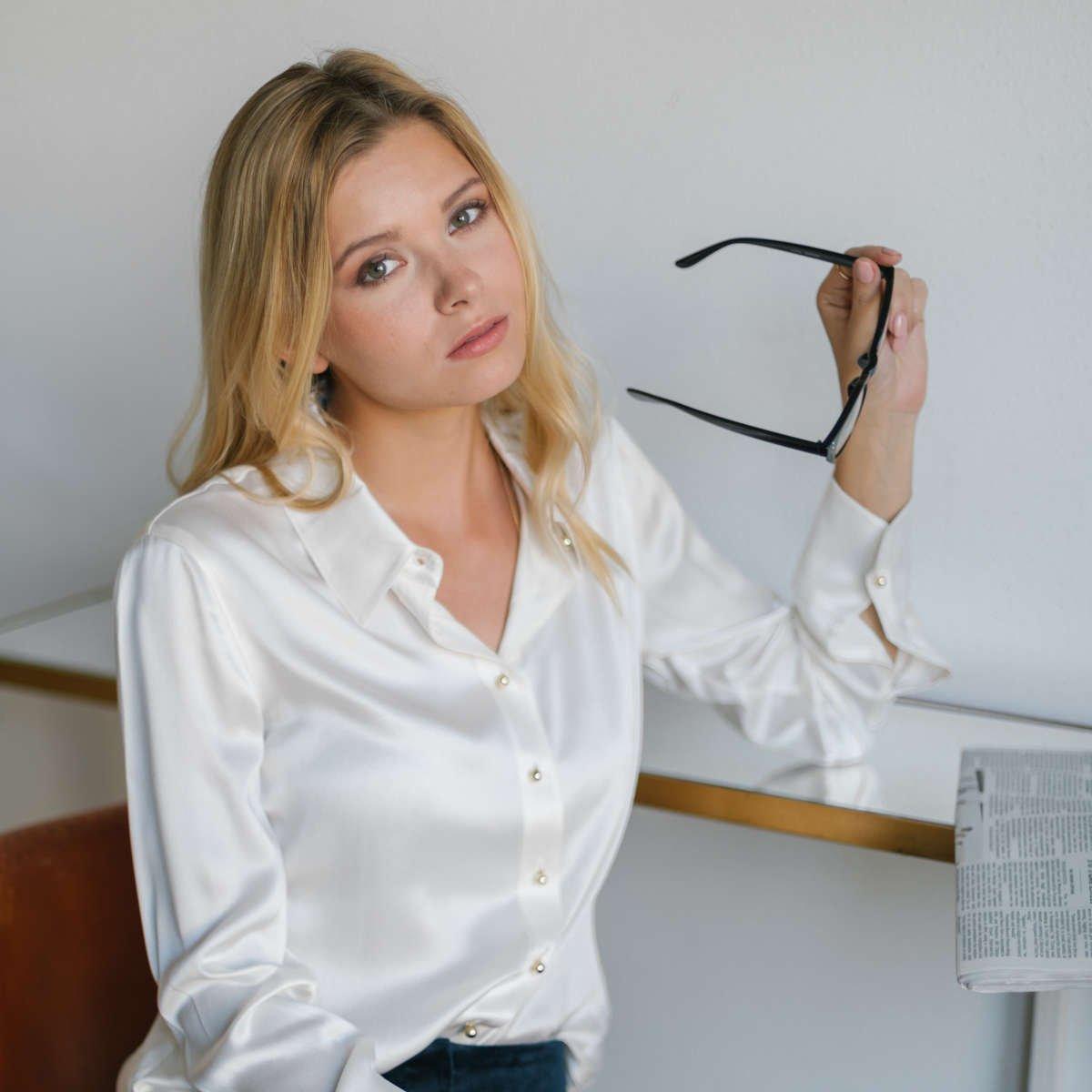 Ravella Silk Blouse - Perfect Coverage