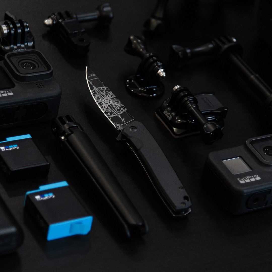 compass 3v gear react custom engraved knife