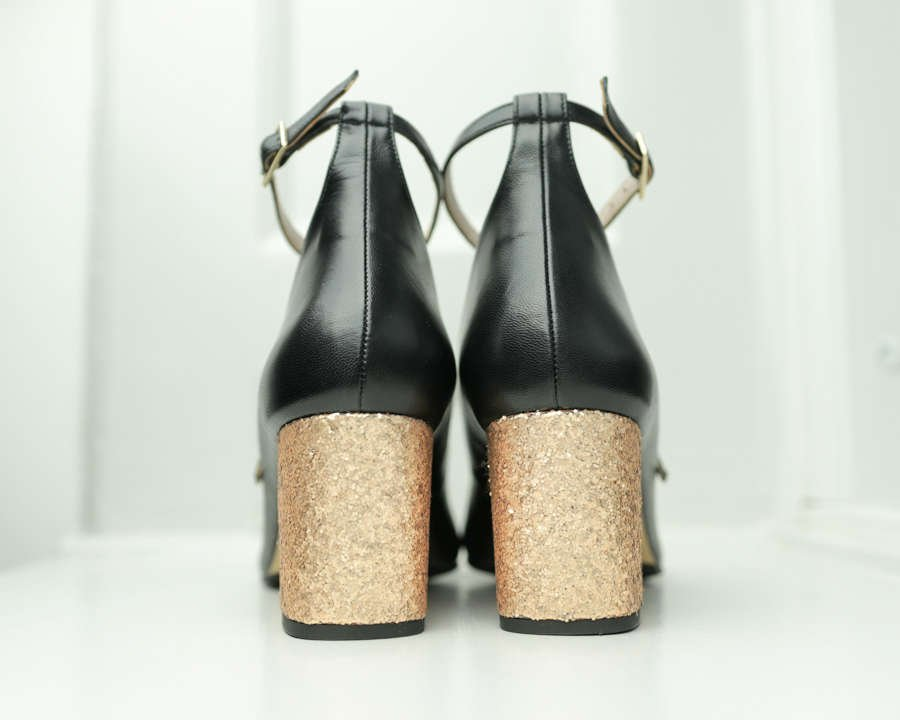 black-leather--gold-glitter-block-heel-pump-roccamore