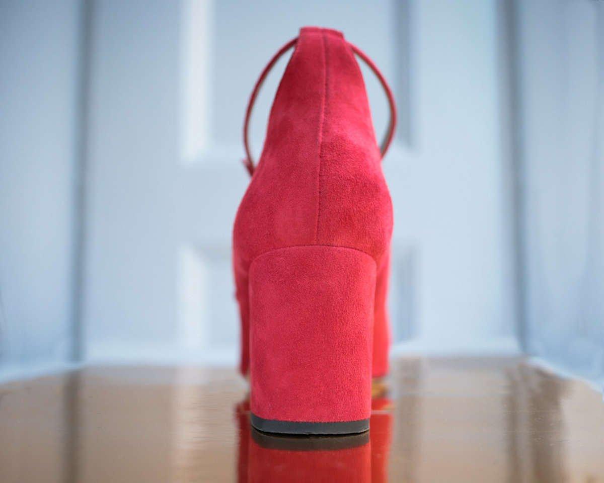 red-suede-block-heel-pump-roccamore