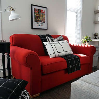 Simple design tricks to revive an old sofa