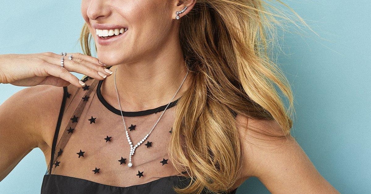 Colección Modern de joyas de plata con circonitas.