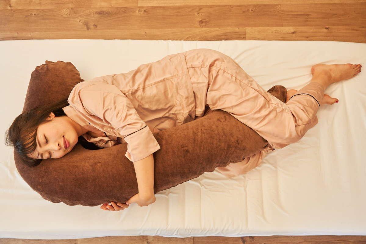 お腹と抱き枕がフィット