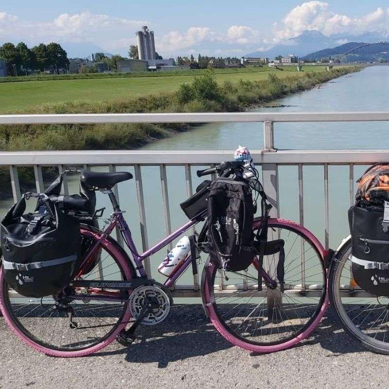 Es gibt unterschiedliche Arten sein Gepäck auf einer Fahrradreise zu transportieren.