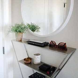 Tips to create an entryway in a small space
