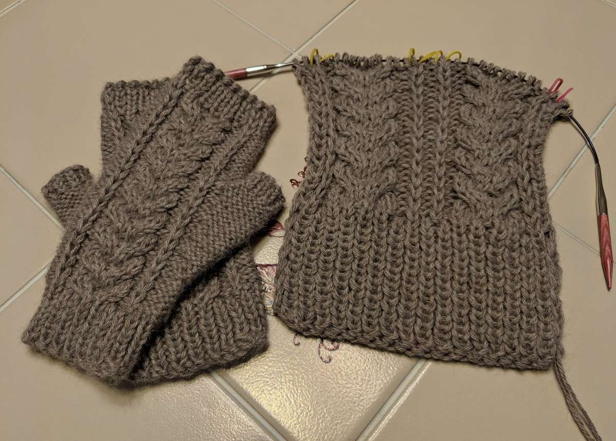 Mckenna Mitts Project Knitting Cables Without A Cable Needle