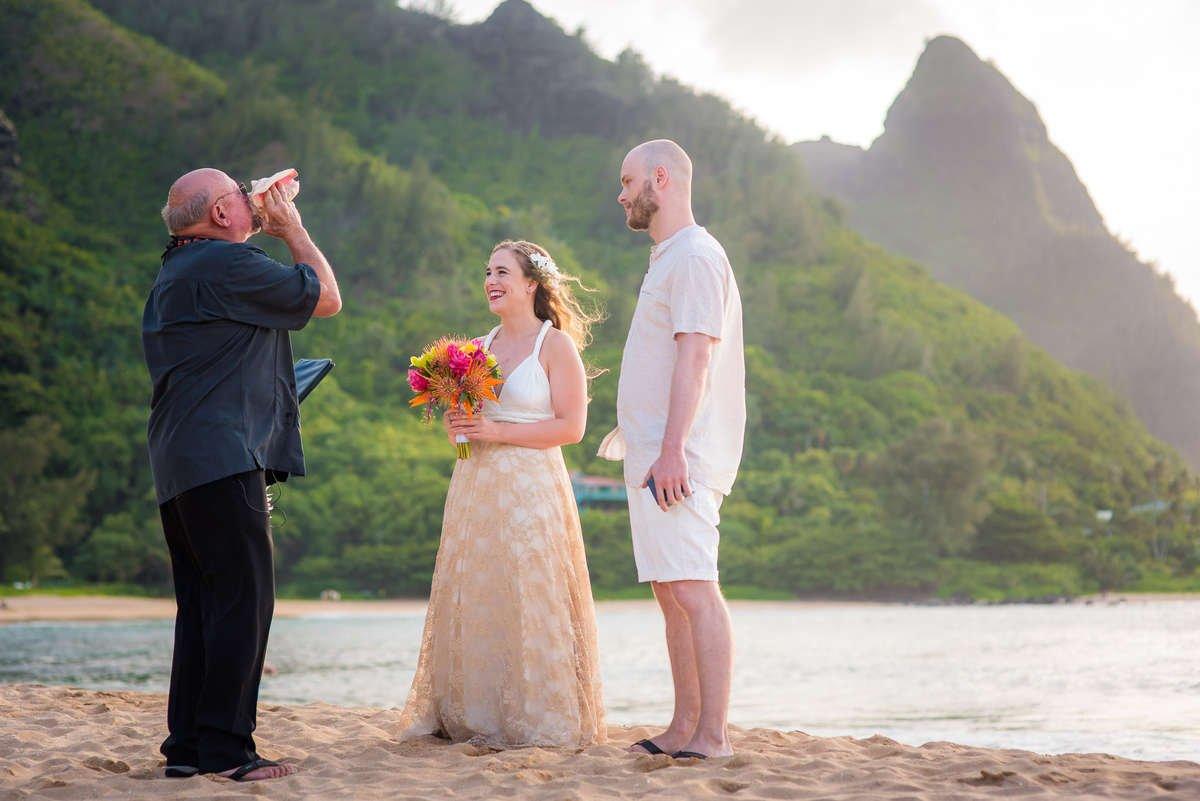 Last Minute Weddings & Elopements in Hawaii – Married with Aloha, Hawaii