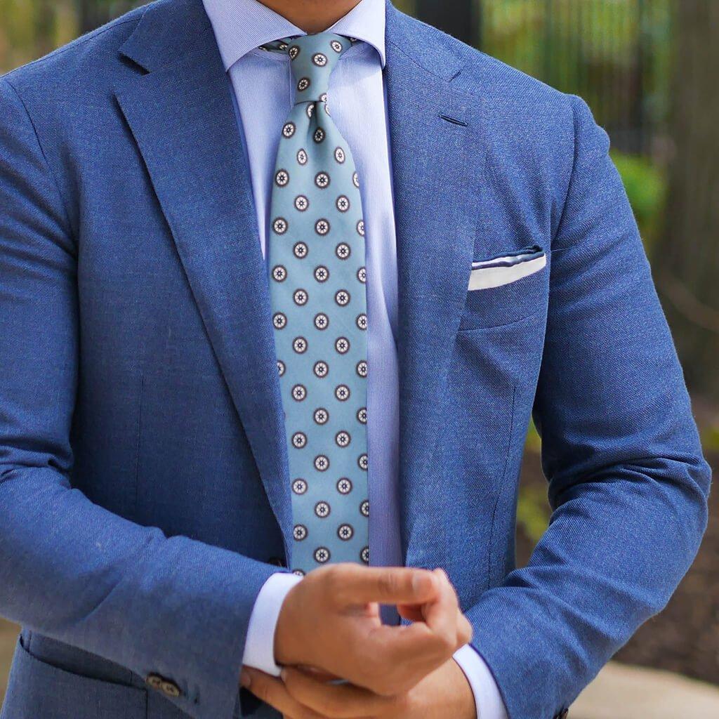R. Culturi Universo Mandala Necktie Outfit