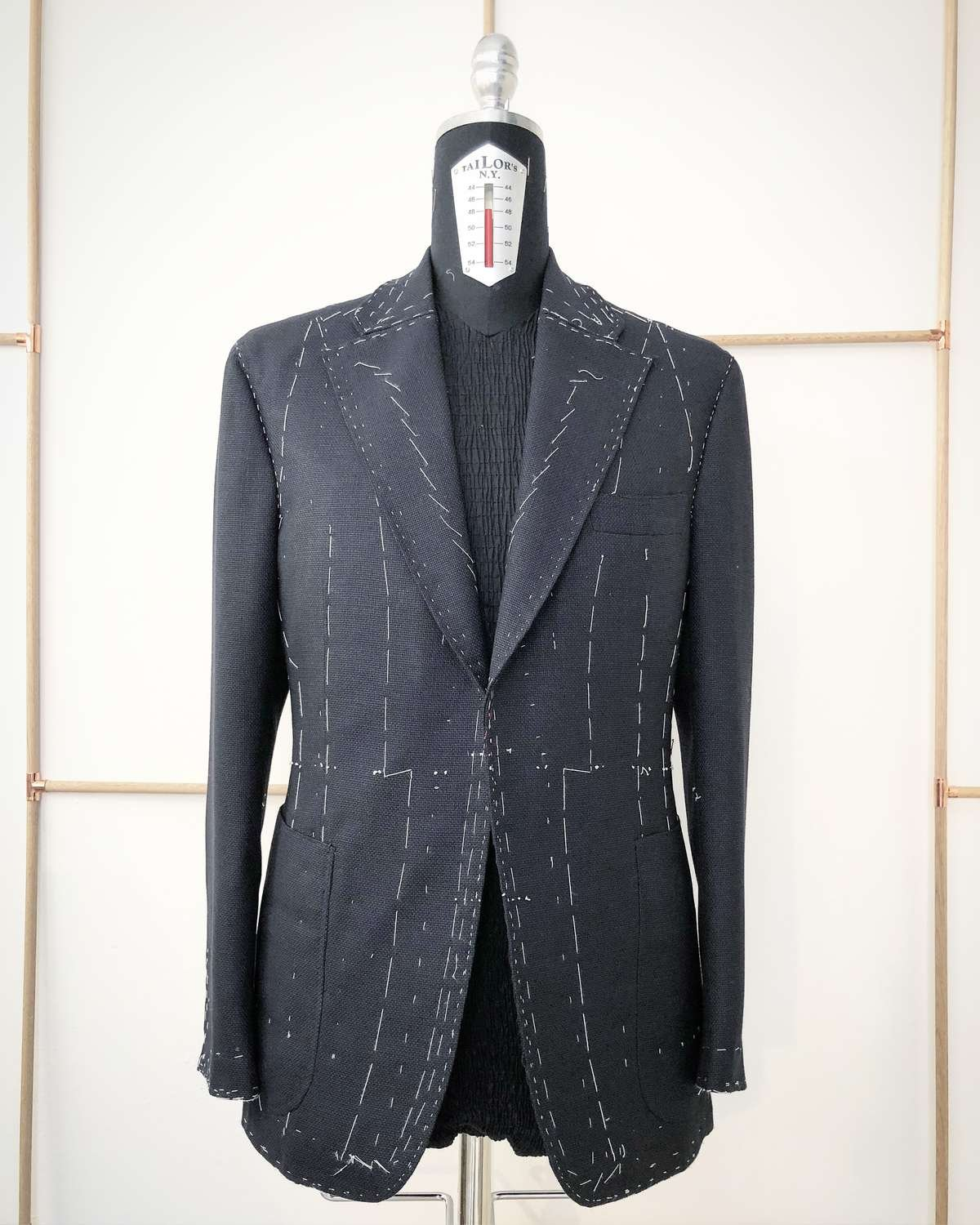 Sartoria Sciarra, bespoke jacket, forward fitting, basted fitting, hand made bespoke tailoring, luxury bespoke, luxury suit, luxury jacket, cerruti wool cashmere hopsack fabric, hand made suit, entirely hand crafted jacket, hand made bespoke, navy suit, navy jacket, bespoke navy jacket