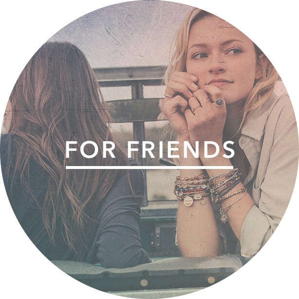 El regalo perfecto a tu mejor amiga es una pulsera cargada de energía positiva para tu amiga