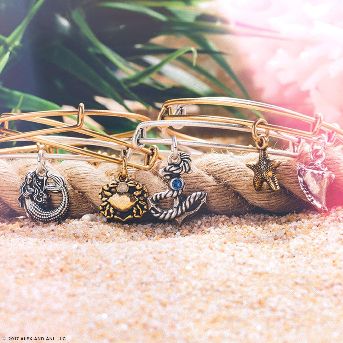 Colección Summer de pulseras de Alex and Ani