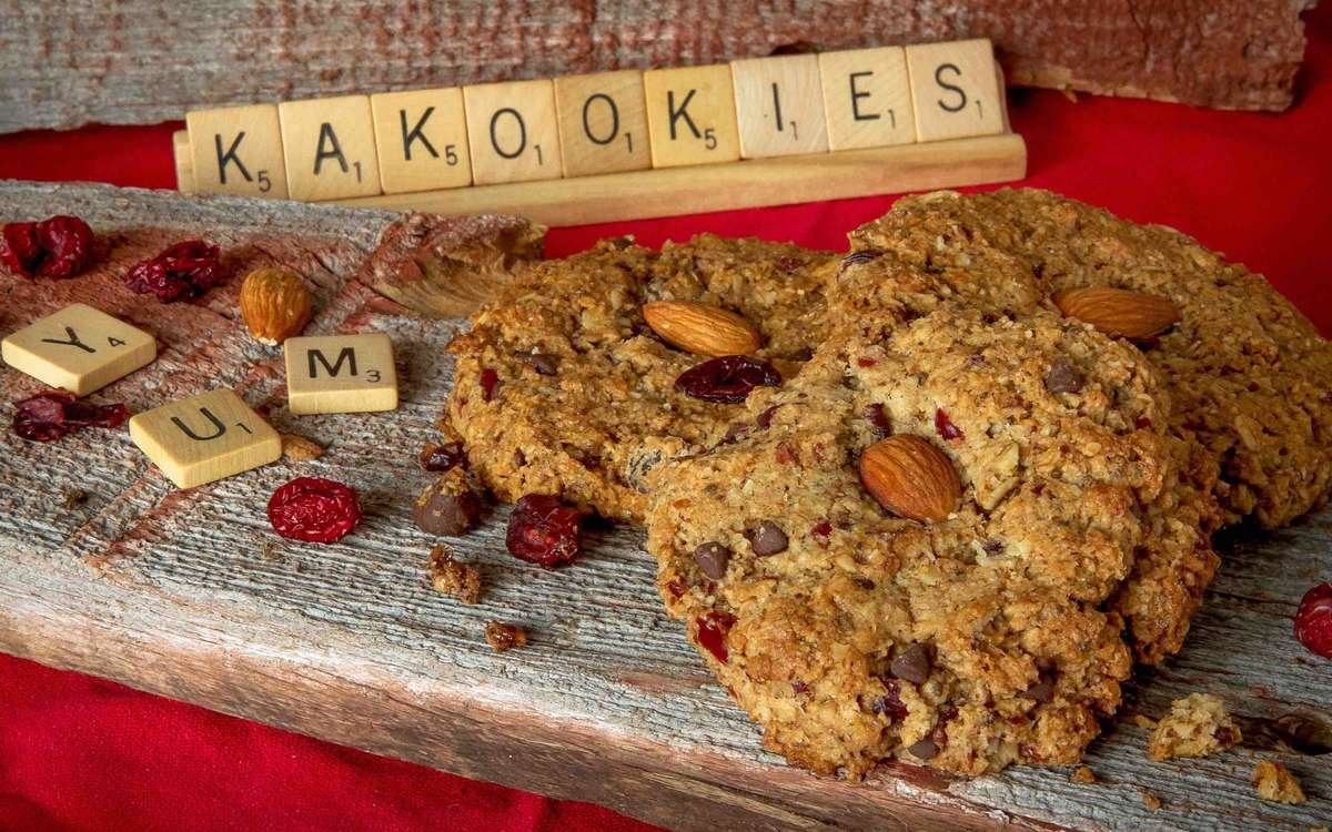 Kakookies starts a small business