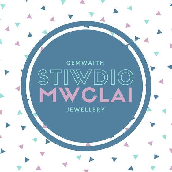Stiwdio Mwclai Logo