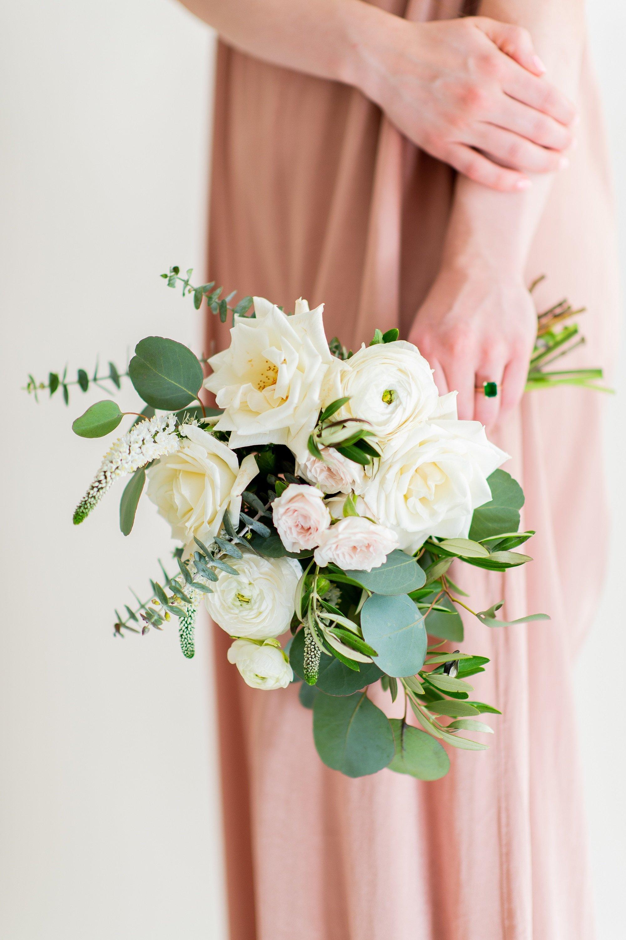 Organic sage bridesmaid bouquet makes 5 6 flower moxie organic sage and green bridesmaid bouquet flower moxie diy bridesmaid bouquet izmirmasajfo