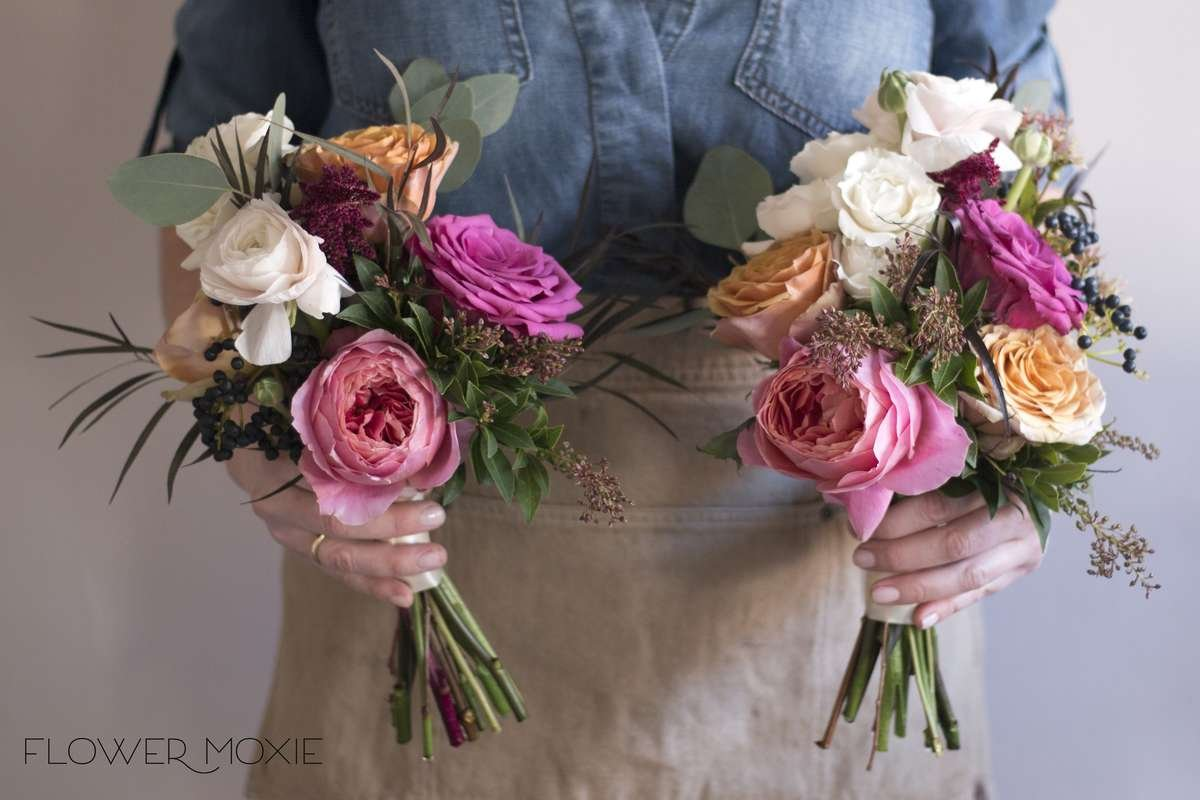 Fall Bridesmaid bouquets, Fall bridal bouquet, fall wedding flowers, blueberry roses, golden mustard wedding flowers, romantic antike garden roses, organic bouquet, privet berry, flower moxie