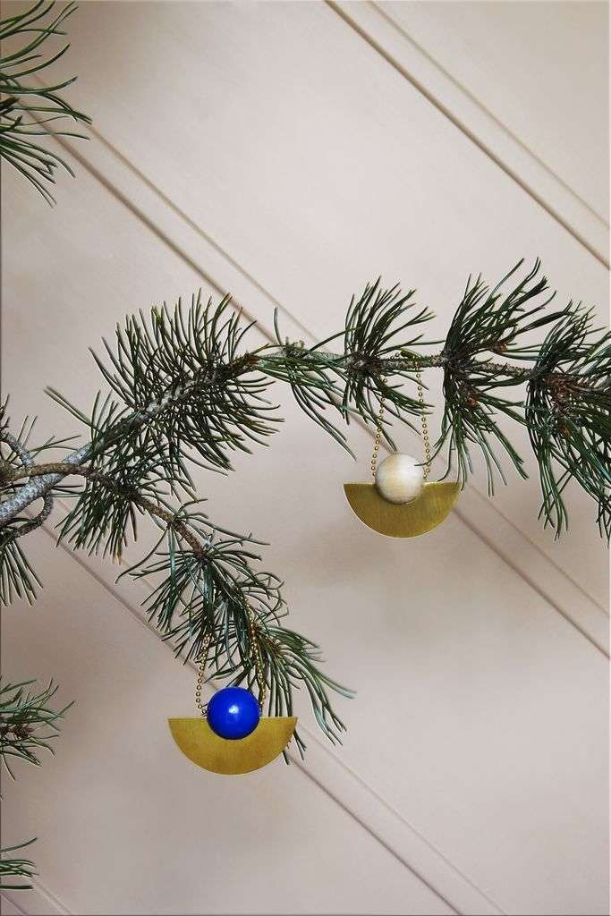 wooden modern ornaments