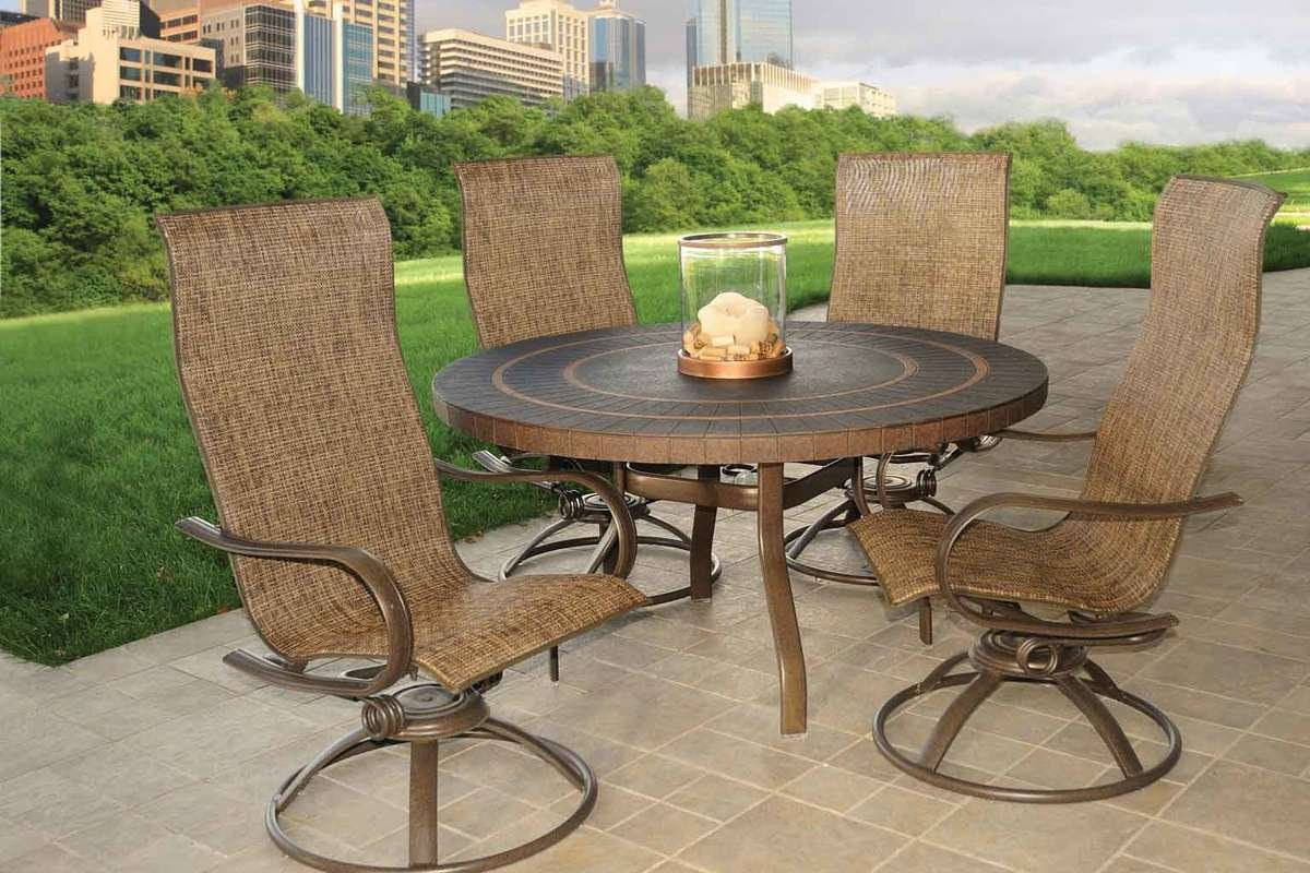 Outdoor Round Dining Set With Metal Top