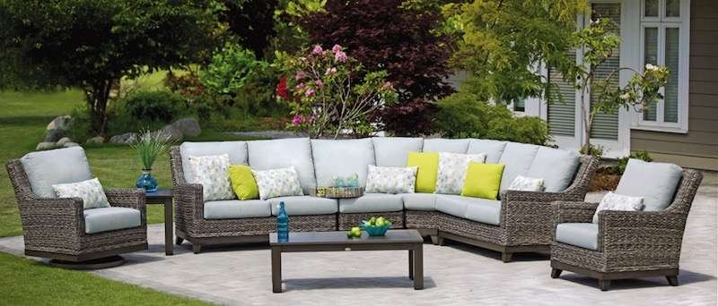 Boston Wicker Patio Round Sofa