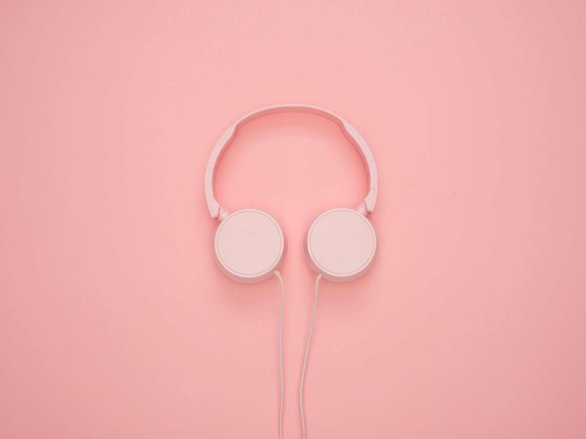 Spring Jasmine Fragrance Scent Persona headphones.
