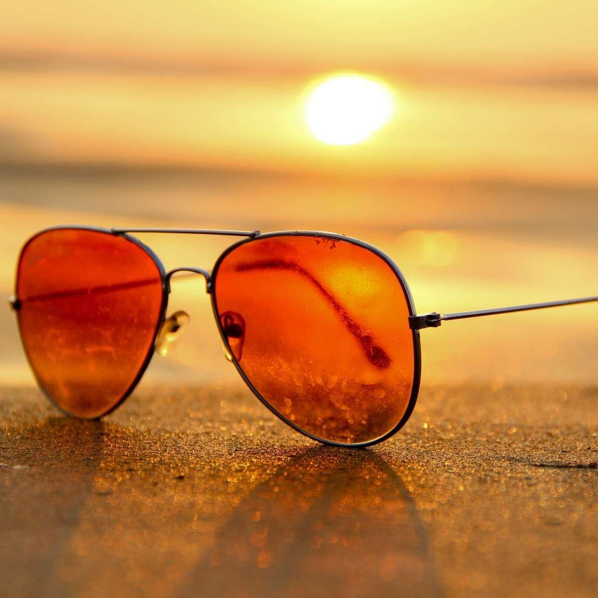 Chill Fragrance Scent Persona Sunglasses