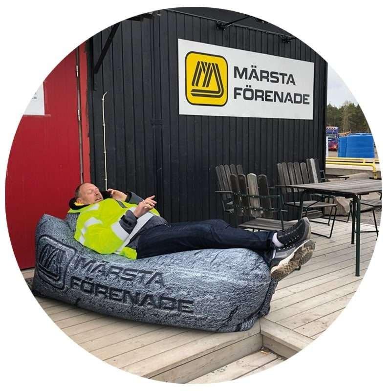 Chillbean Air skräddarsydd uppblåsbar soffa för Märsta Förenade