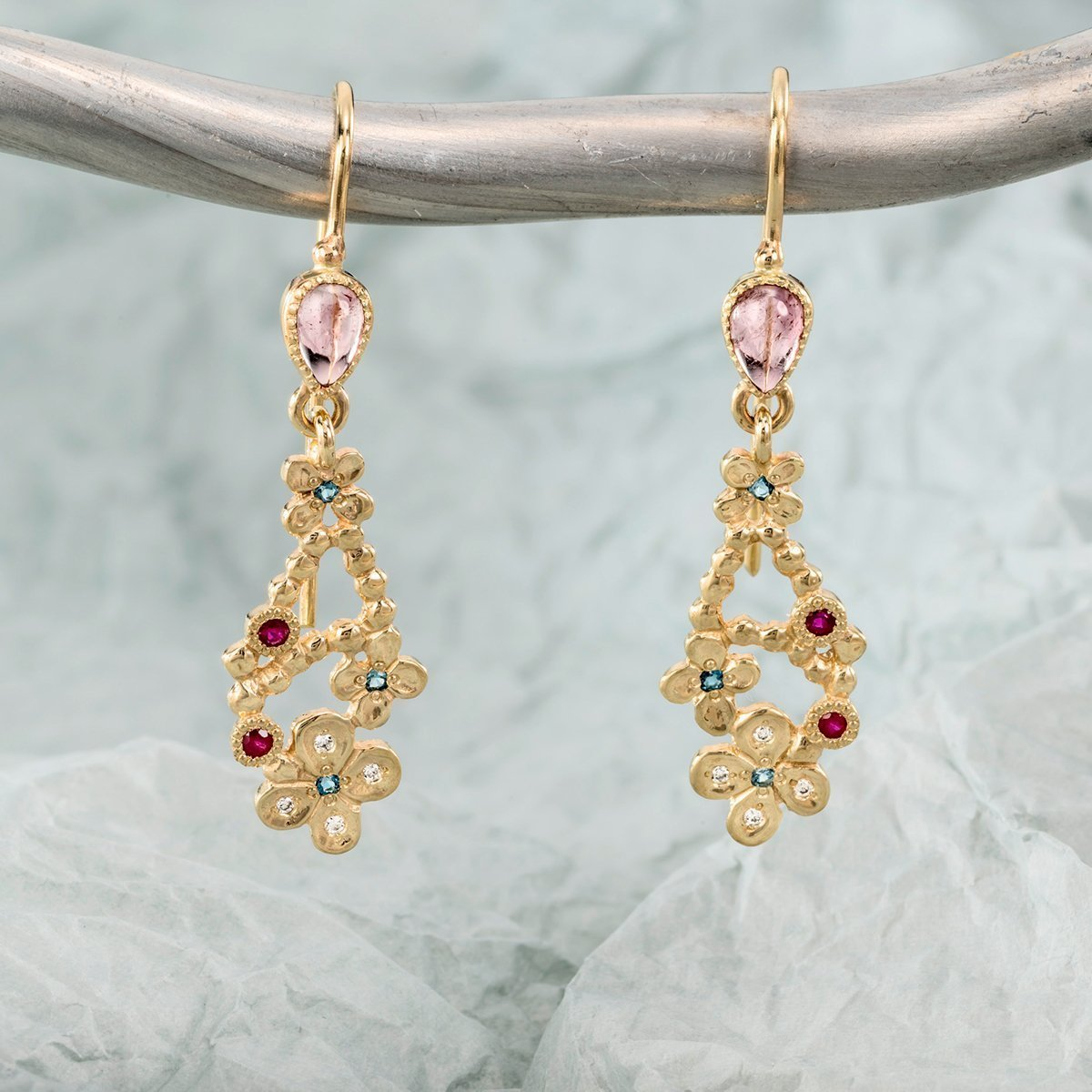 14kt Yellow Gold Chandi Earrings