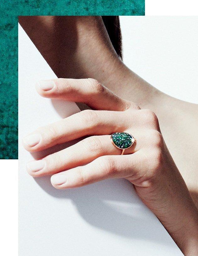 Starstruck Ring With Emeralds And Diamonds