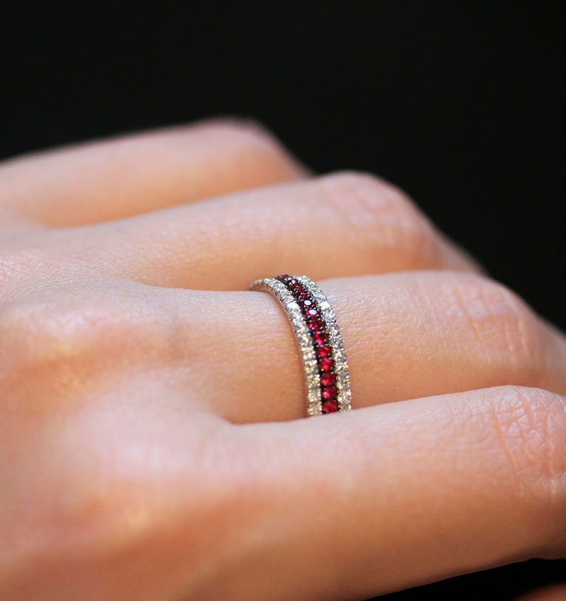 Christmas-Inspired Engagement Rings