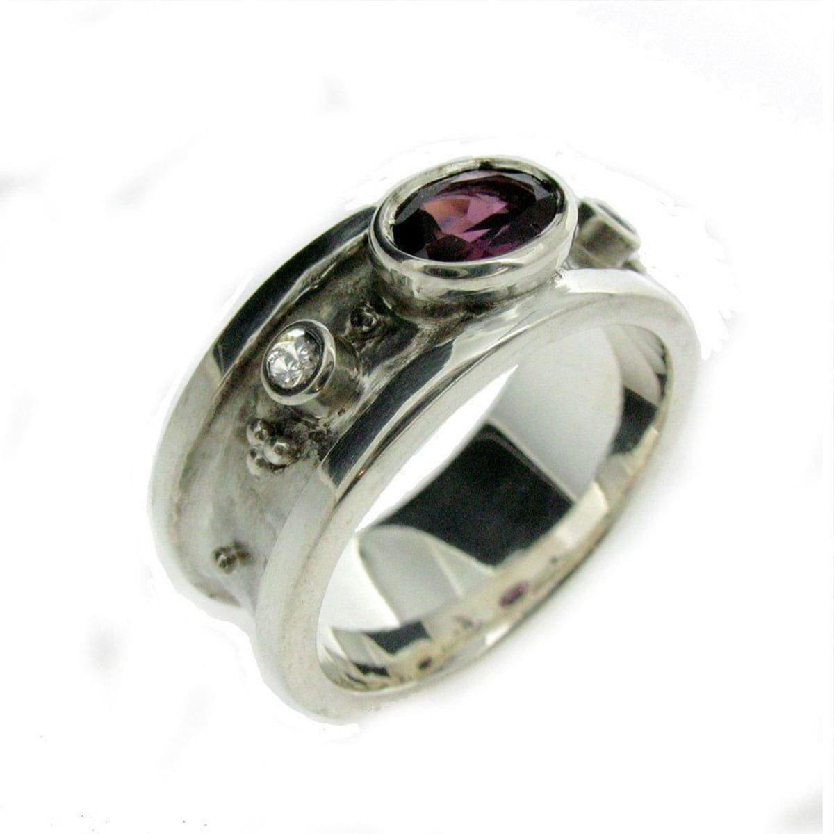 White Gold, Garnet & Diamond Ring