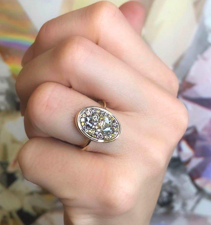 18kt Yellow Gold Starstruck Ring With Multi-Colour Diamonds, Joke Quick