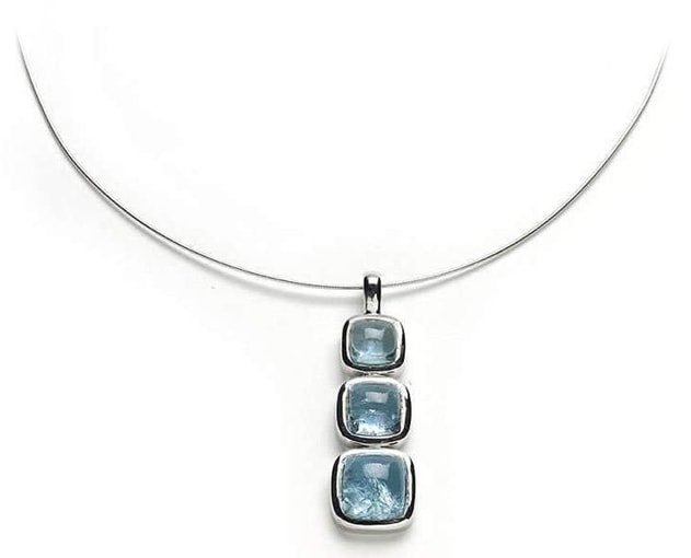 Aquamarine And White Gold Necklace
