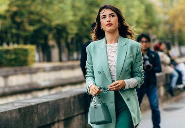 How To Get Jeanne Damas' Parisian Style