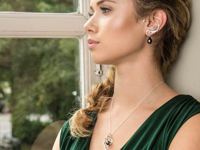 14kt White Gold Adorabella Earrings, Castens
