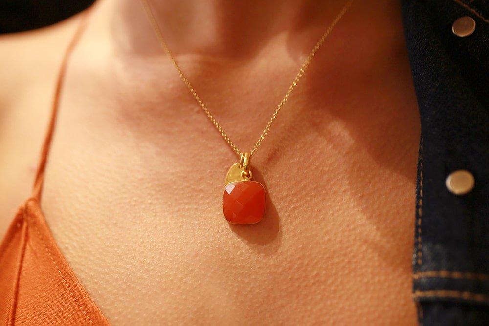 Heart Amulet Carnelian Chakra Pendant Necklace 24 Gold