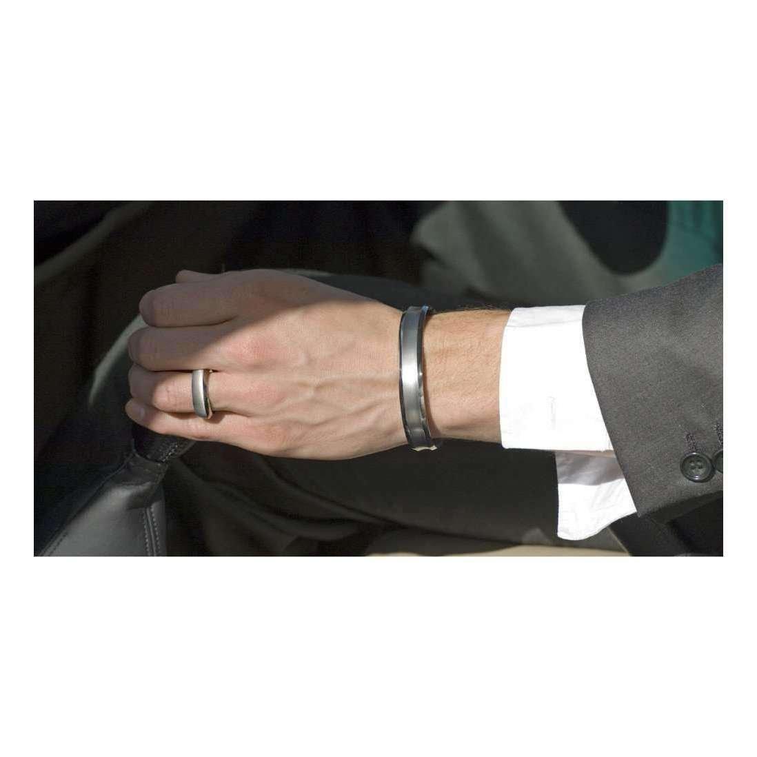 Concave Titanium Torque Bangle - Prism Design