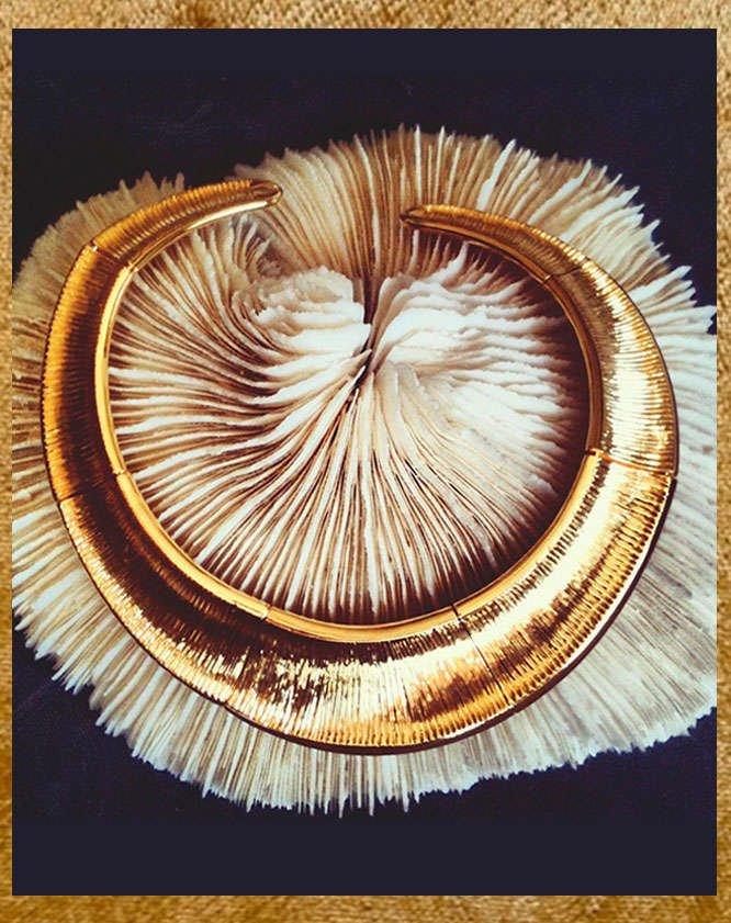Gold Oni choker - Hissia