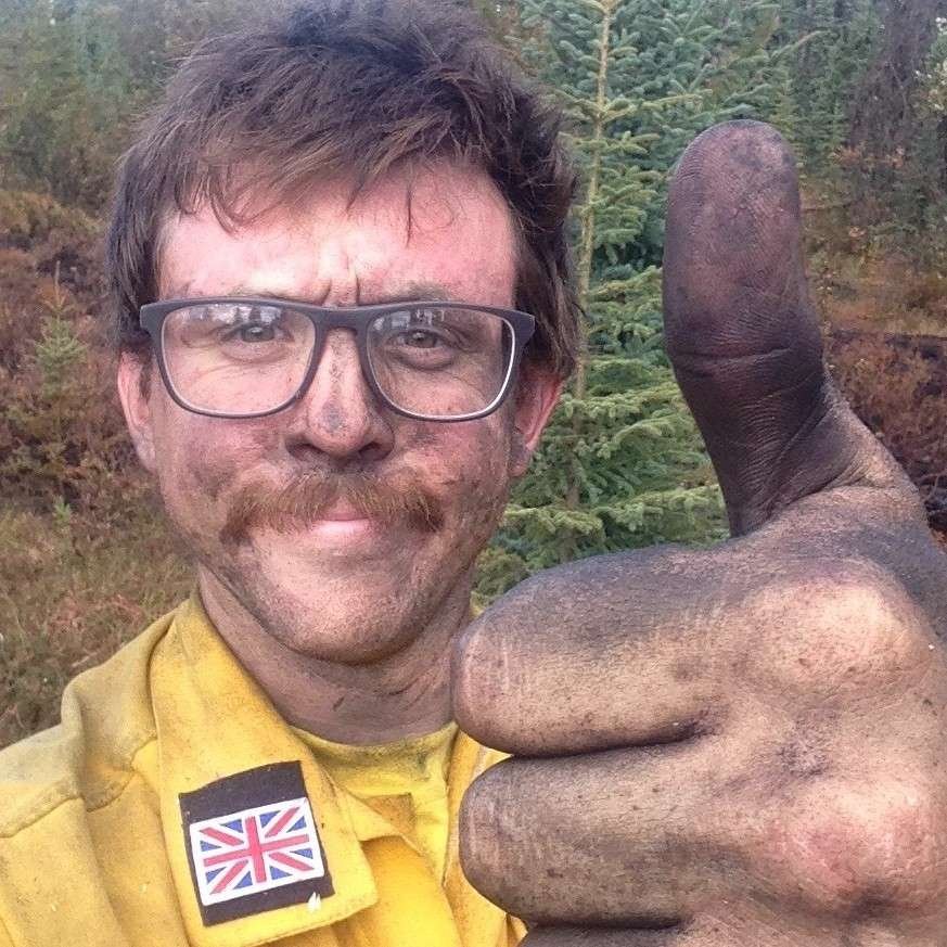 Tom forest fire fighter