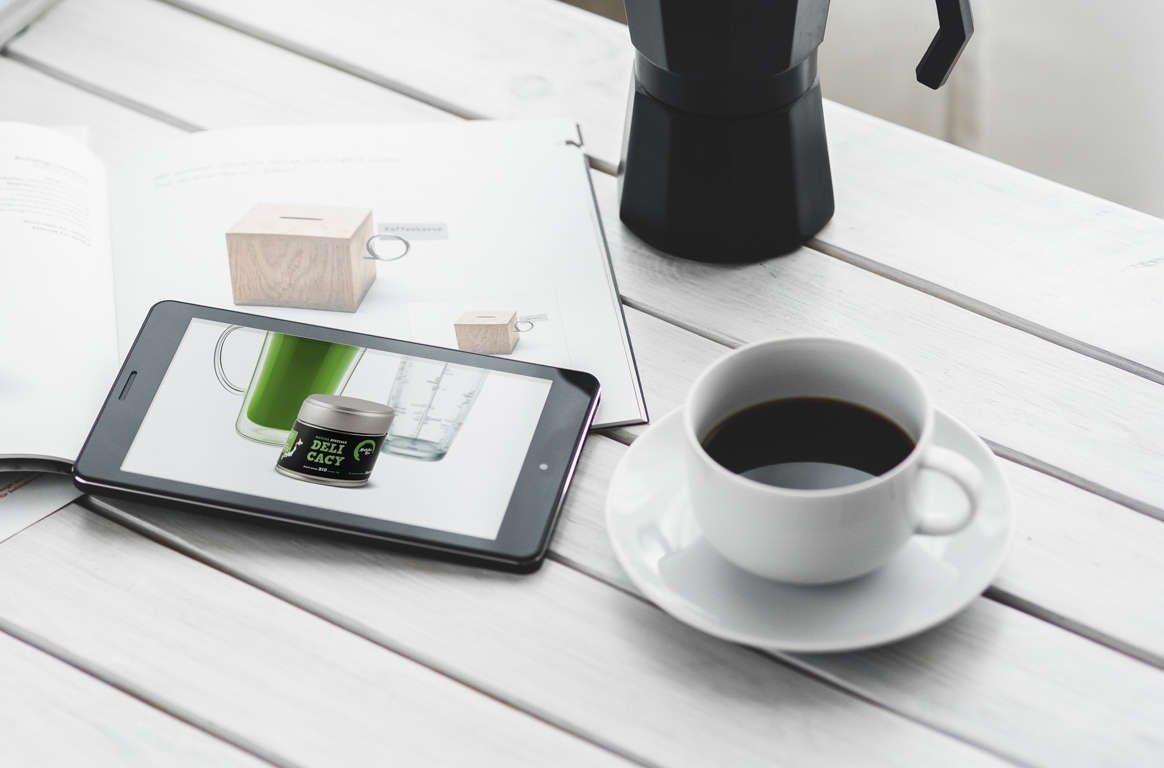 matcha-tea-delicasy-like-coffe