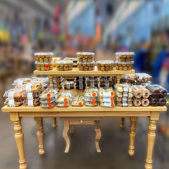 Display Table   Bakery Displays   The Marco Company